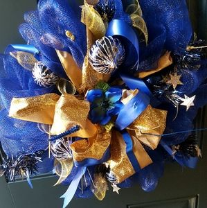 Other - Wreath Gold Blue